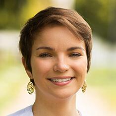 Dr. Anna Marie Messenger, DDS
