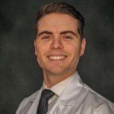 Meet our doctors Dr. Travis Hunt, DDS